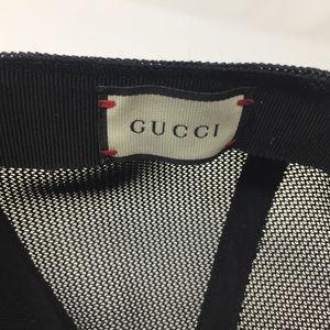 1f1c6f700f6ec Gucci Accessories - GUCCI GG Supreme BEE Design Baseball Hat 60 XL